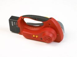 PAC VT530 Battery Powered Combination Tool for Polypropylene and Polyester Strapping, 3/8 Inch to 5